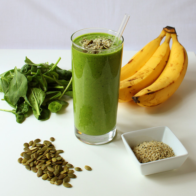 Green-Smoothie-1280-x-1280-680x680